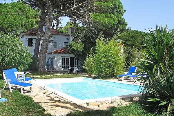 Villa in Colares
