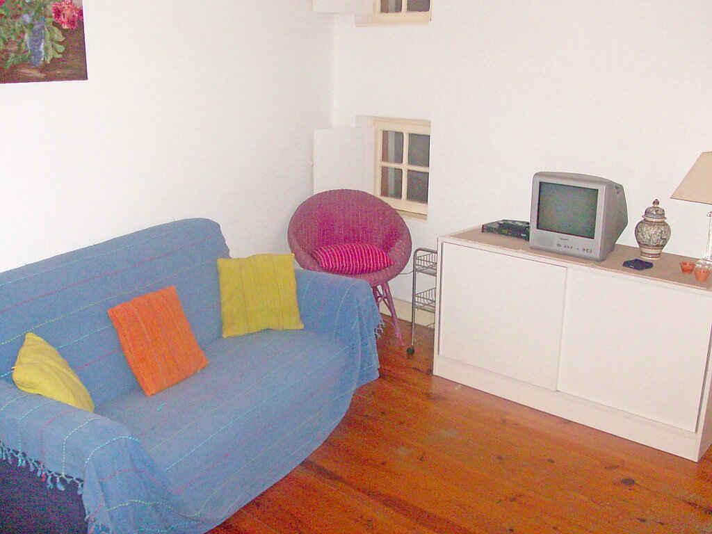 ferienwohnung in lissabon portugal. Black Bedroom Furniture Sets. Home Design Ideas