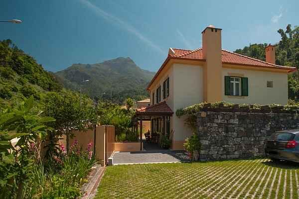Maison en ville à São Vicente