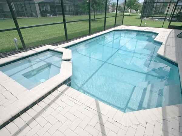 Villa in Windsor Hills