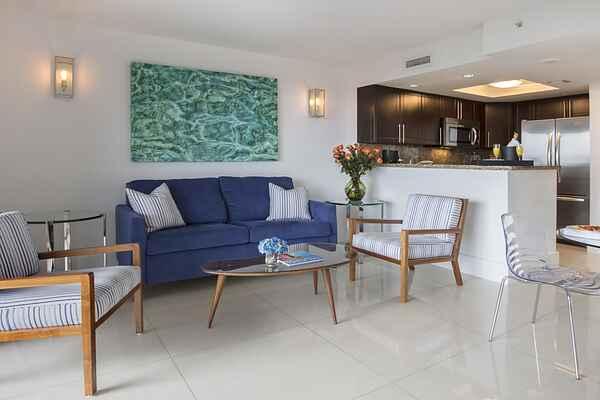 Apartment in Coconut Grove