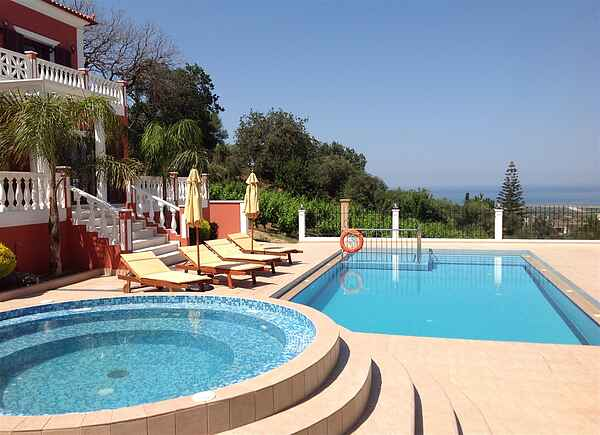 Iro Royal Villa in west Chania