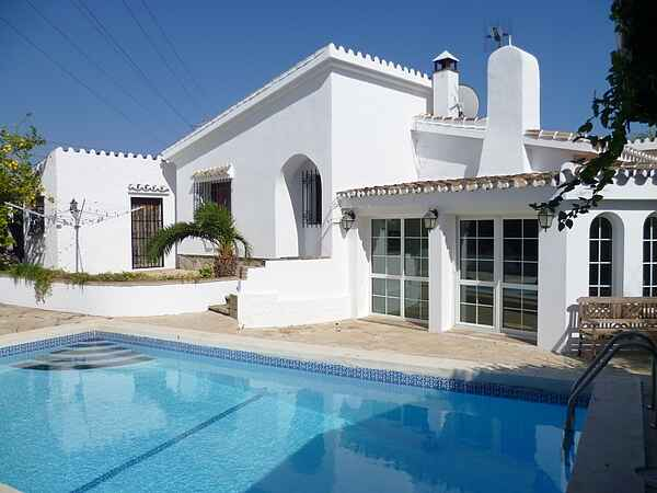 PRIVATE COSY VILLA in Marbella area