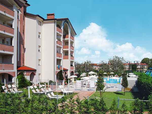 Apartment for 5 with pool at the Adriatic Coast