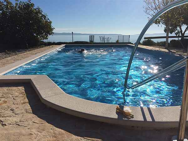 Seafront house with pool  in Split,100m to beach