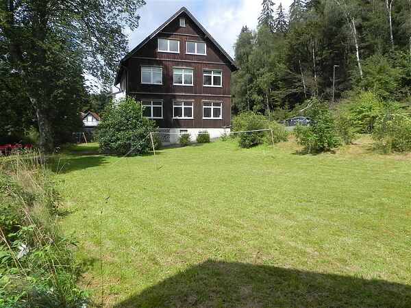 big villa at river oker13
