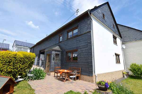 Holiday home in Mastershausen