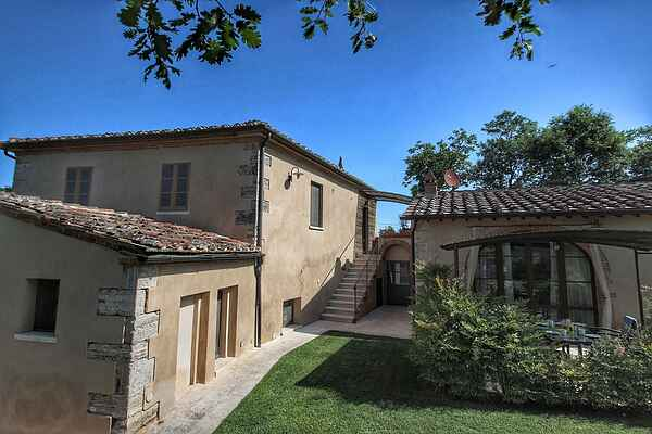 Manor house in Rapolano Terme
