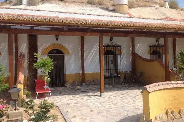 Cave i Benalúa