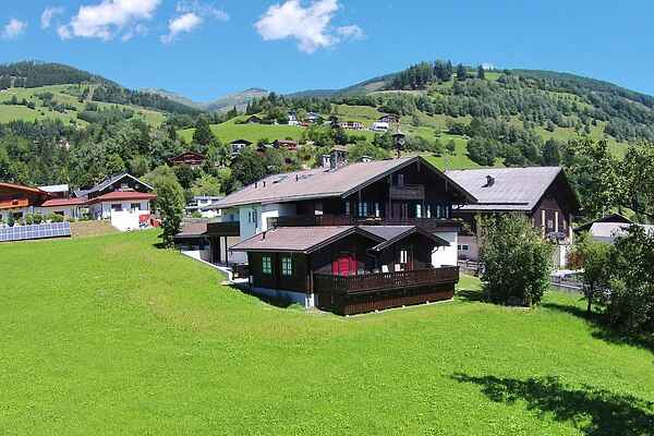 Holiday home in Steindorf