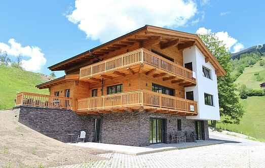 Cottage mh36638