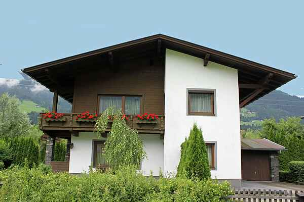 Holiday home in Stumm