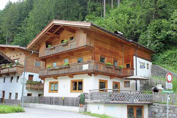 Holiday home in Zell im Zimmertal
