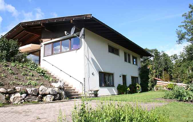 Manor house mh18414