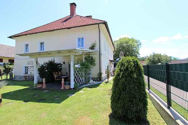 Farm house in Hörtendorf