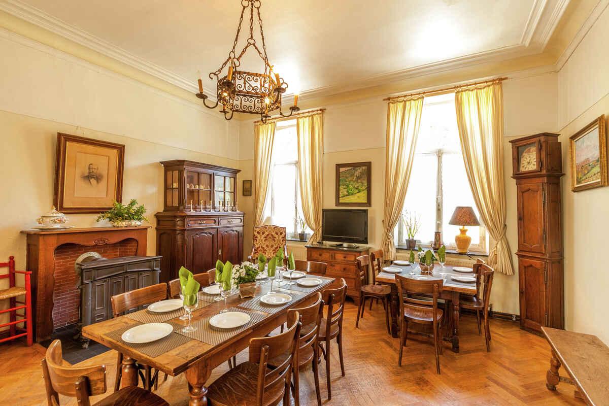 ferienhaus in hamoir belgien. Black Bedroom Furniture Sets. Home Design Ideas