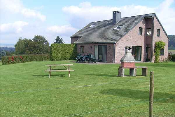 Holiday home in Stoumont