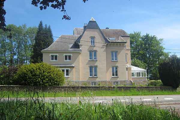 Manor house in Tintigny