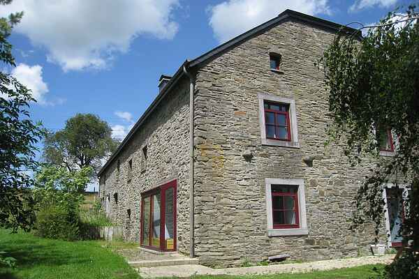 Gårdhus i Libramont-Chevigny