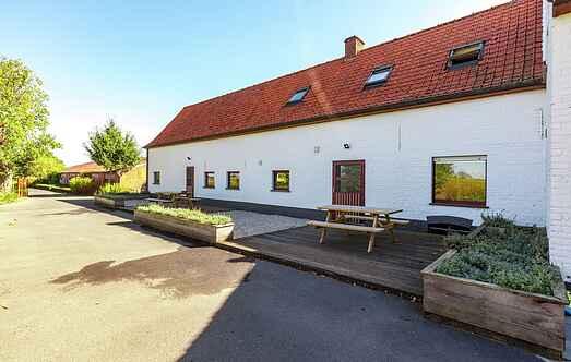 Farm house mh20584