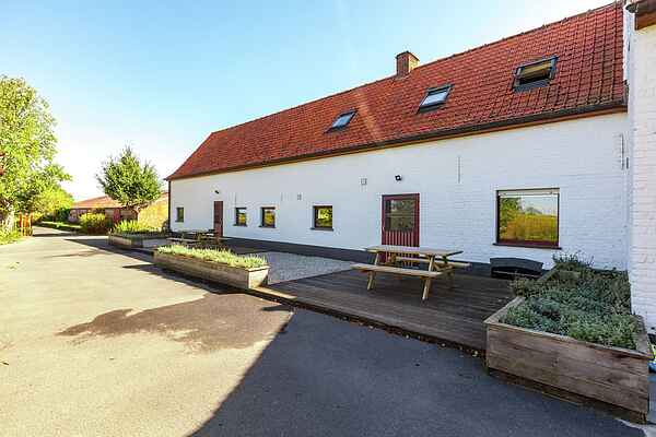 Farm house in Vleteren
