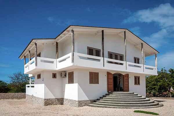 Villa in Santa Barbara Crowns