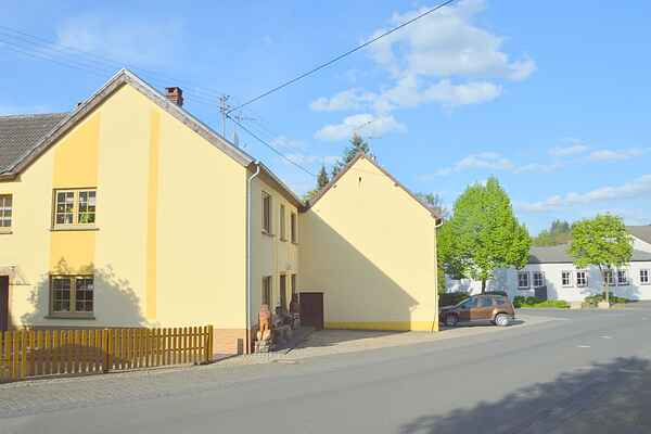 Holiday home in Dierfeld