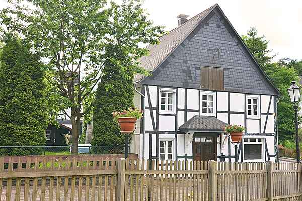 Holiday home in Elleringhausen