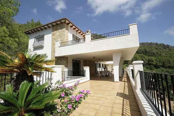 Villa in L'Atzúbia