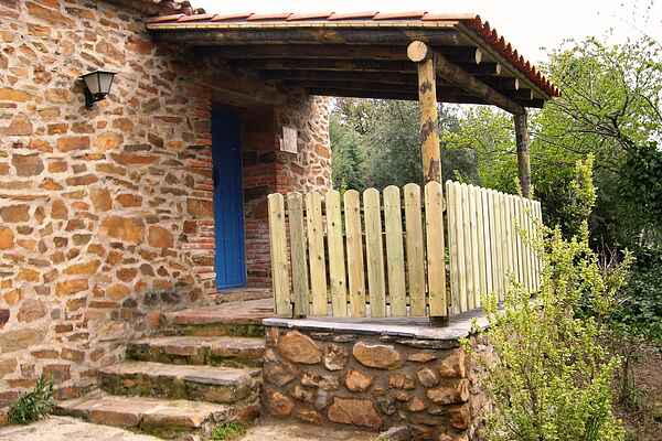 Farm house in Valencia de Alcántara