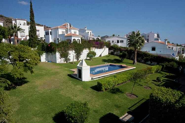 Купить жилье в г нерха испания
