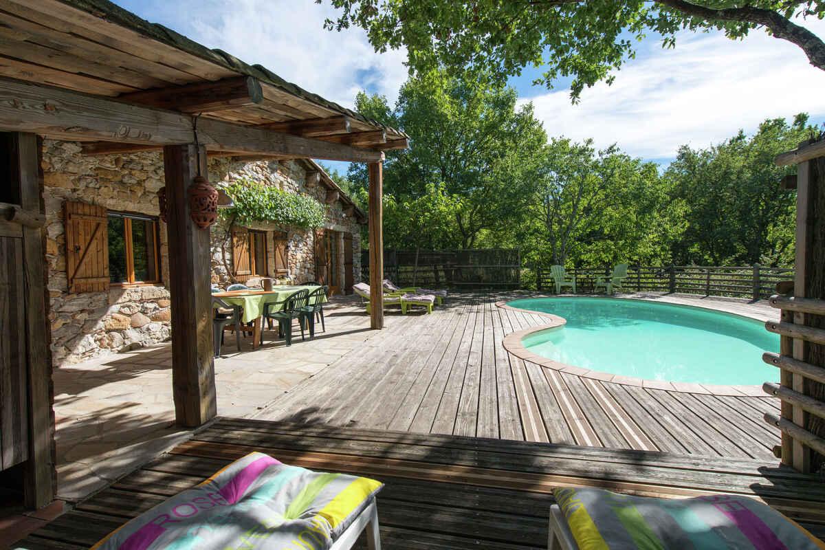 Ferienhaus in ruoms frankreich for Bartheke selbst gebaut