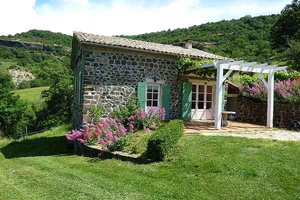 Sommerhus i Saint-Gineis-en-Coiron