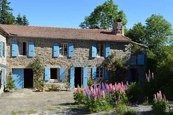 Holiday home in Saint-Étienne-de-Lugdarès