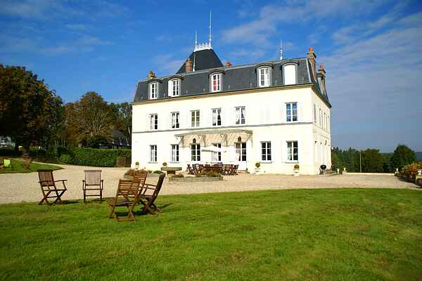 Castle in Épaignes