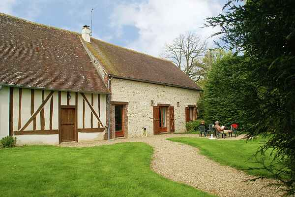 Holiday home in Brezolles