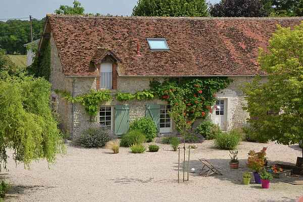 Holiday home in Neuville-aux-Bois