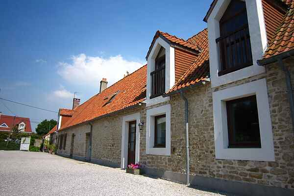 Farm house in Marquise