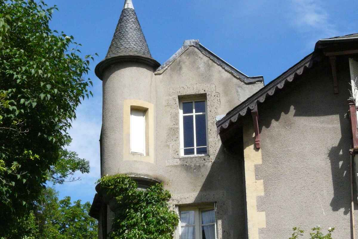 villa in saint nectaire frankreich. Black Bedroom Furniture Sets. Home Design Ideas