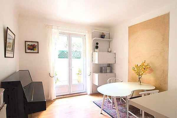 Apartment in Batignolles