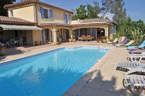 Villa i Carcès