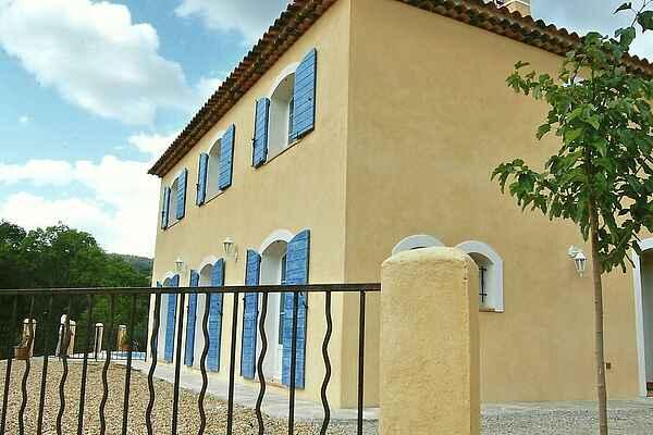 Villa i Correns