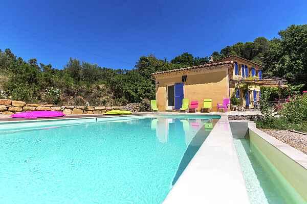 Villa in Carcès