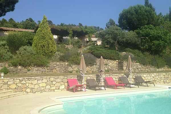 Holiday home in Villecroze