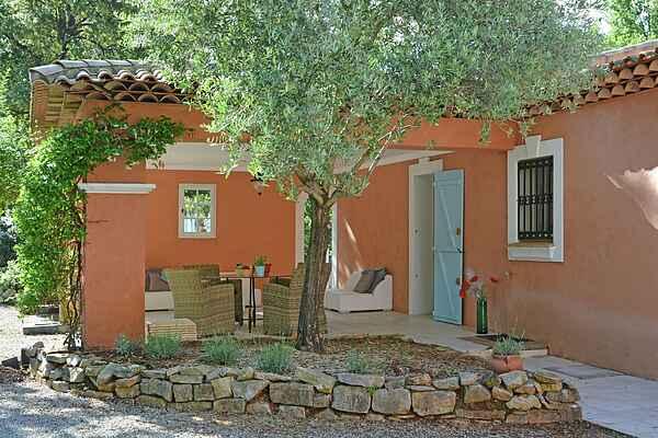 Villa in Trans-en-Provence