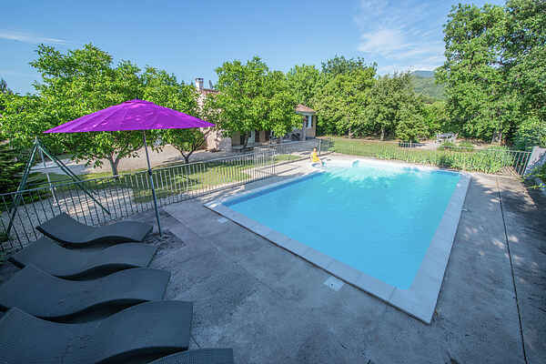 Holiday home in Entrechaux
