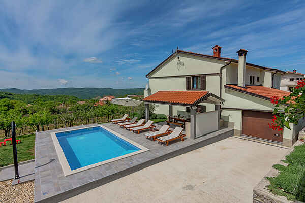 Apartment in Cerovlje