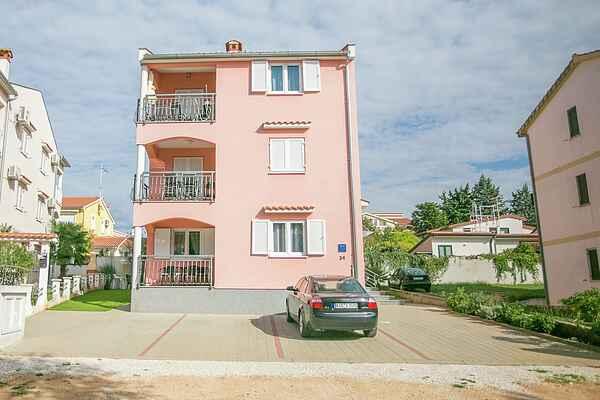 Apartment in Nova Vas