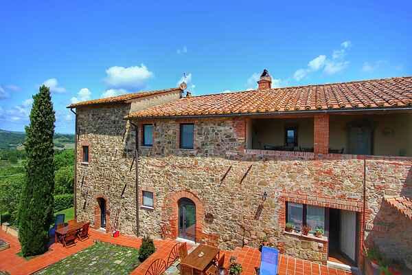 Farm house in Castiglione d'Orcia