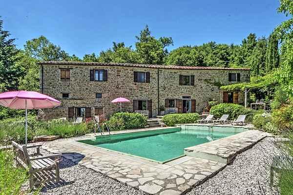 Villa i Monte Santa Maria Tiberina